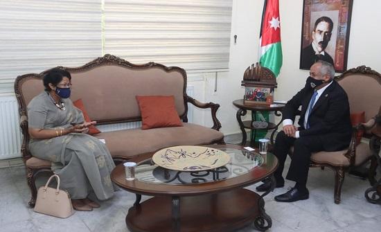 وزير الثقافة يبحث مع سفيرة سيريلانكا التعاون الثقافي بين البلدين
