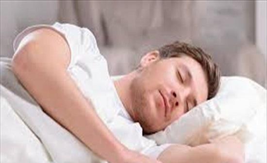 نقص النوم يؤدي إلى زيادة القلق