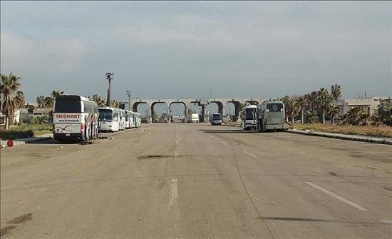 """الحياة تعود إلى خط """"عمان - دمشق"""" بعد سنوات من الحرب (تقرير)"""
