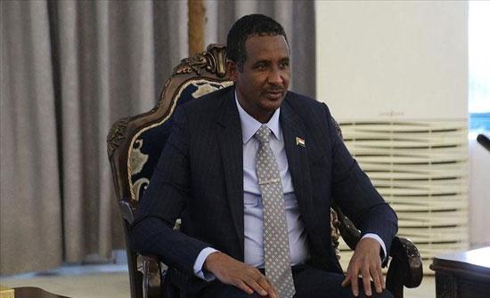 السودان.. حميدتي يتهم سياسيين بتأجيج الصراع القبلي