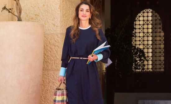 الملكة رانيا تطلع على الاستعدادات لإقامة أسبوع عمان للتصميم