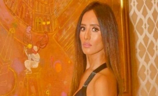 """صور : زينة تتألق بفستان جريء بحفل زفاف شريف شاكر.. والجمهور: """"بتغيظ أحمد عز"""""""