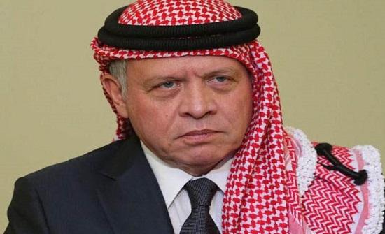 الملك يعزي هاتفيا أمير الكويت بوفاة الشيخ منصور الأحمد الجابر الصباح