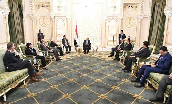الرئيس اليمني: التصعيد الحوثي يؤكد نوايا لاستمرار الحرب