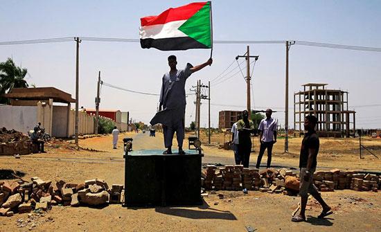 """السودان.. """"قوى التغيير"""" ترفض التفاوض المباشر مع المجلس"""