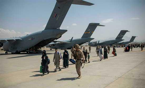 49 فرنسيا وعائلاتهم على متن رحلة الإجلاء من كابول إلى الدوحة