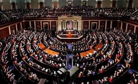 بسبب تزايد الإصابات بكورونا.. مجلس الشيوخ الأمريكي يعلق عمله التشريعي لأسبوعين