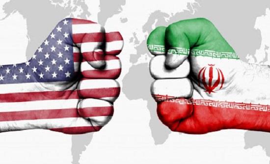 وول ستريت: واشنطن تدرس فرض عقوبات على مبيعات النفط الإيرانى