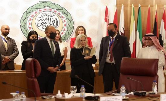 العضايلة : الأردن يقف على عتبةٍ من مرحلةٍ جديدةٍ