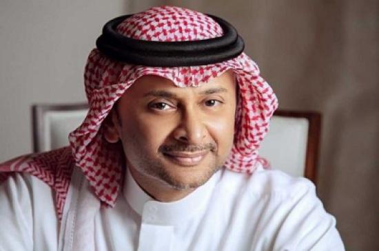 حبيب الحبيب يقلد عبد المجيد عبد الله بطريقة ساخرة (فيديو)
