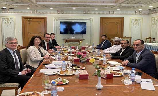 وزيرة الخارجية السويدية تبحث مع الحوثي الوضع الإنساني في اليمن ووقف إطلاق النار