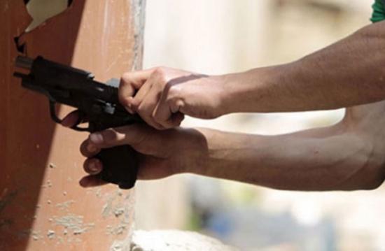 مقتل مطلوبين خطيرين وإصابة اثنين في اشتباك مع قوّة أمنيّة