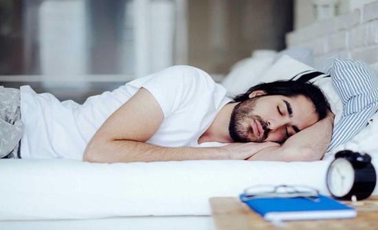 دراسة: هكذا يحميك النوم جيدًا من الخرف