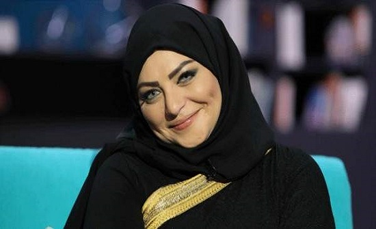 ميار الببلاوي تكشف حقيقة خلع الحجاب