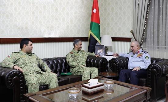 اللواء البزايعه يلتقي قائد العمليات والخطط في الحرس الوطني الكويتي