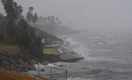 اليابان: إعصار فاكساي يسبب خسائر بـــ 200 مليون دولار