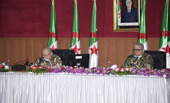 الجيش الجزائري يدعو أفراده للمشاركة في الانتخابات وحمايتها