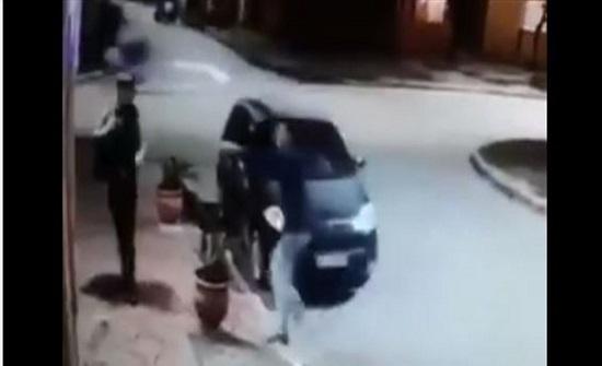 محاولة سرقة تنتهي بطريقة طريفة.. شاهدوا ما حدث! (فيديو)