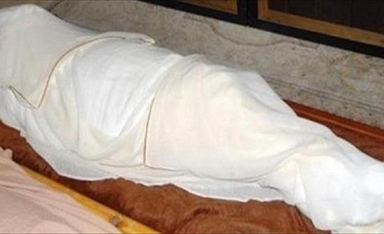 مقتل مطرب شهير داخل شقته