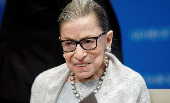 وفاة أبرز قاضية بالمحكمة العليا.. وتنكيس العلم الأميركي