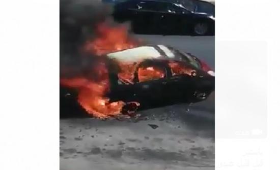 بالفيديو : احتراق مركبة بشكل كامل في عبدون