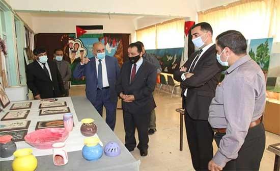 جامعة آل البيت تنظم معرضا فنيا بمناسبة عيد الاستقلال