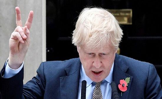 صحيفة فرنسية تسخر من رئيس وزراء بريطانيا بعد فوز حزبه بالانتخابات (صورة)