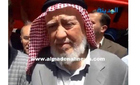 حمزة منصور يطالب السماح بالذهاب للمساجد بالسيارات من اجل المرضى وكبار السن