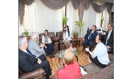 (الأردنية) تبحث مع وفد هنغاري فرص تطوير التعاون المشترك