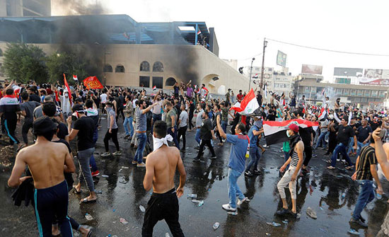 واشنطن تدين قمع المتظاهرين في العراق وتطالب الحكومة بالتحقيق