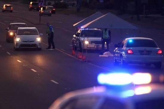 كاميرا مراقبة توثق حادث سير غريبا في ولاية أمريكية- (شاهد)