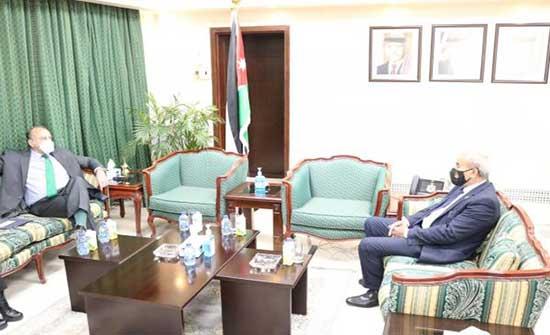 وزير العدل و السفير الامريكي يبحثان التعاون المشترك في المجالات القانونية