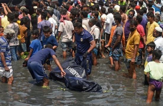 ارتفاع ضحايا غرق عبارة في بنغلادش إلى 34 شخصا