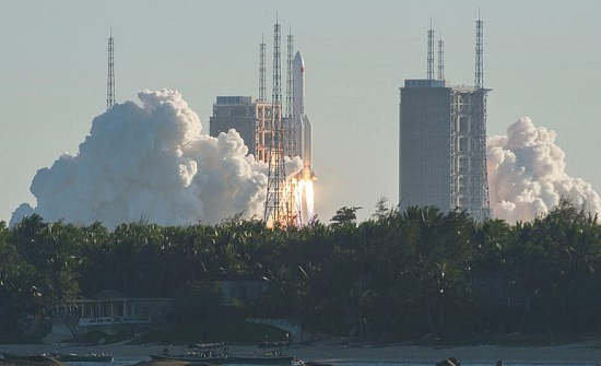 الصين: نجاح إطلاق صاروخ فضائي جديد