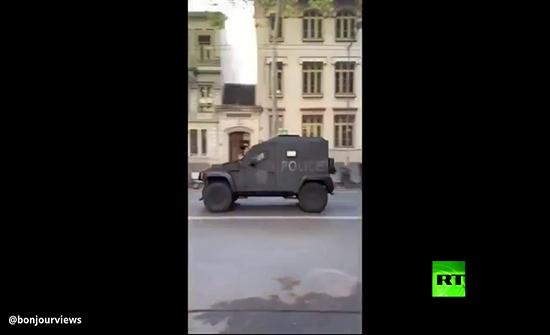 شاهد : إصابة شخصين جراء إطلاق نار في ليون الفرنسية