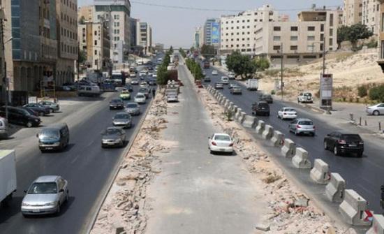 الأشغال تنهي أعمالها في 4ر1 كم من مسار الباص سريع التردد عمان - الزرقاء