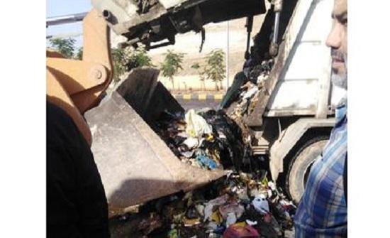 اربد : العثور على مبلغ مالي بين النفايات وتسليمه لصاحبته