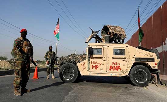 """الناتو يدعو للتفاوض على """"تسوية"""" تنهي معارك أفغانستان"""