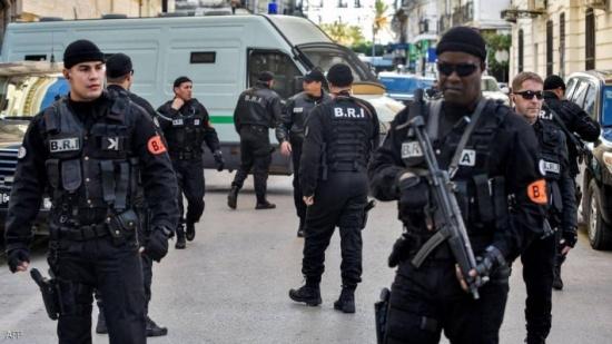 """الجزائر تعلن تفكيك خلية """"انفصالية"""" كانت تحضر لتنفيذ تفجيرات"""