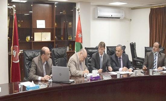 الهاشمية توقع اتفاقية تعاون علمي مع تومسك الروسية