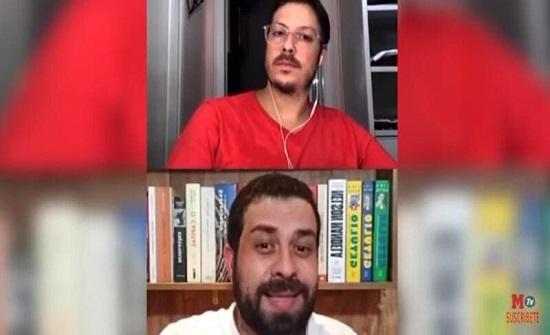 زوجة إعلامي برازيلي تظهر عارية أثناء بث مباشر.. وهذا رد فعله (فيديو)
