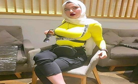 حنين حسام للمحكمة: أنا نجمة مشهورة.. وفيديوهاتي كلها بريئة