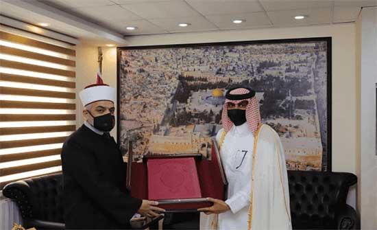 قطر تهدي الاردن 3000 مصحف