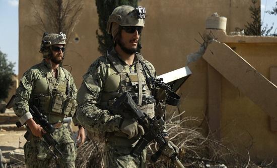 """مسؤول عراقي يكشف قدوم قوة أمريكية كبيرة من الأردن إلى قاعدة """"عين الأسد"""""""