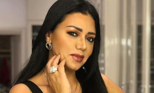 شاهد.. هذه الشابة فاتنة الجمال هي إبنة رانيا يوسف.. !