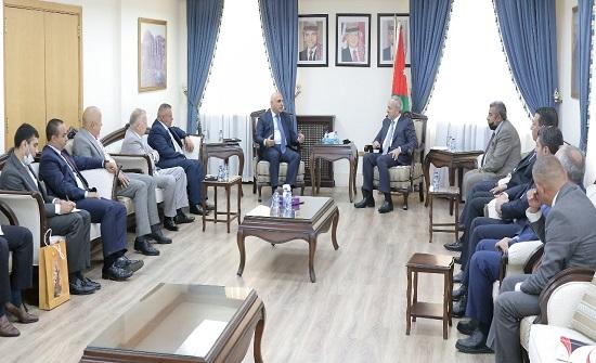 خارجية النواب تبحث والسفير الأذري تعزيز العلاقات البرلمانية الاقتصادية