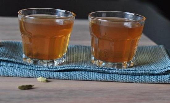 ماذا يحدث للجسم عند تناول شاي الهيل يومياً؟
