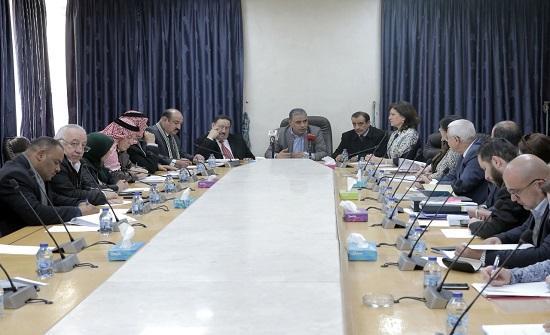 القيسي: اتفاق ما بين وزارة الطاقة وشركة القمر للطاقة والبنية التحتية