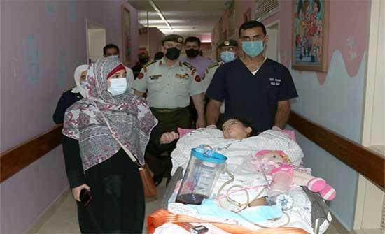 وصول الطفلتين ساره وفرح من قطاع غزة لمدينة الحسين الطبية