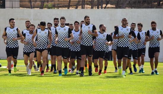 المنتخب الوطني يختار 30 لاعباً لمعسكر دبي